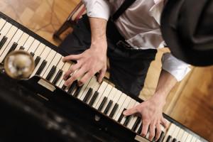playing the piano - module 3